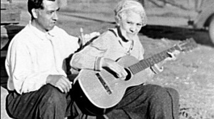 Jessie de Soto with her son Tommy, 1939
