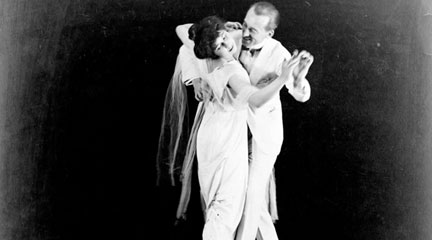 Photo, Irene and Vernon Castle, full-length, in dancing position